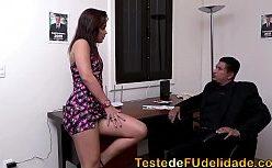 Porno brasil com a assistente safadinha no trabalho